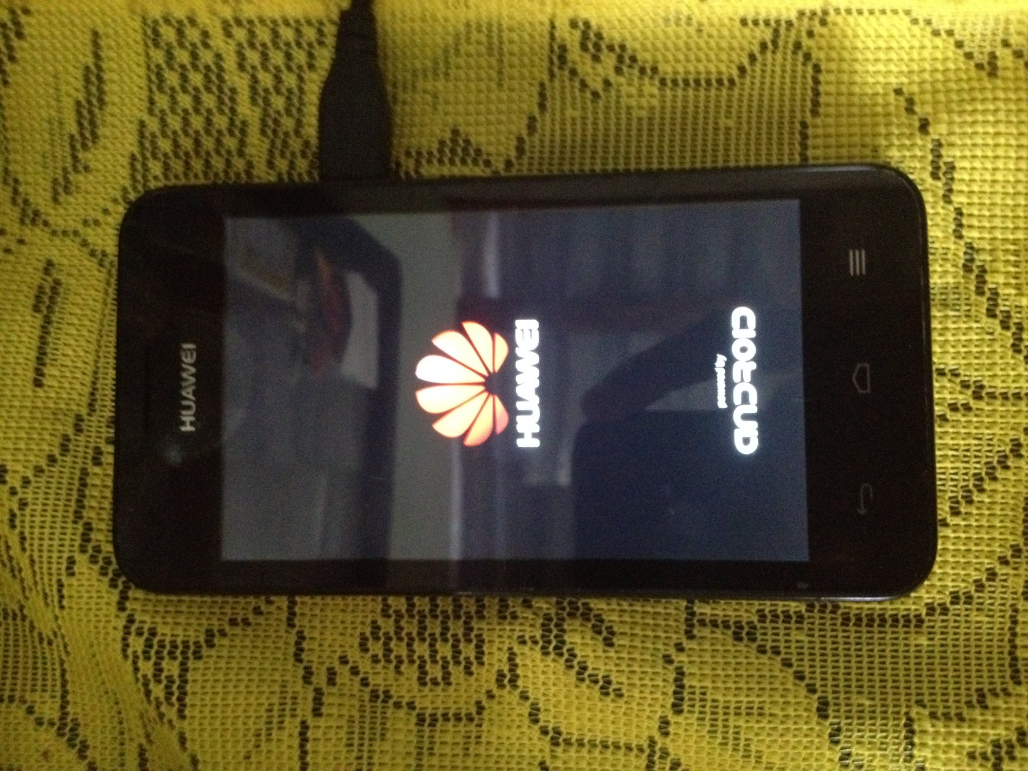 Huawei Ascend Y330-U05 stuck in boot loop and won't go into recovery