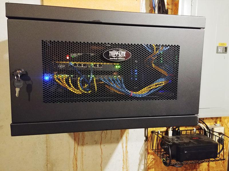IT-cab2019-closed_sm.jpg