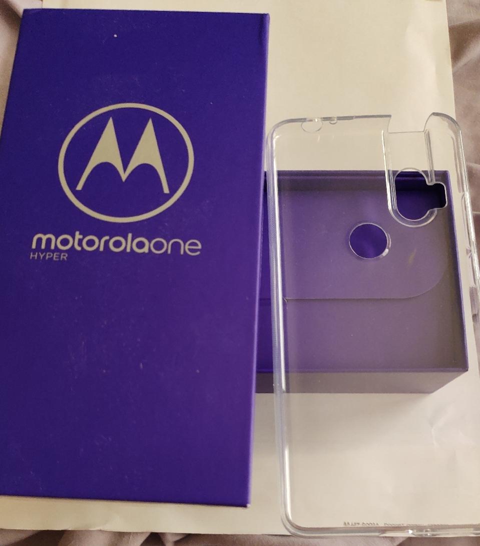 Motorola_One_Hyper_package.jpg